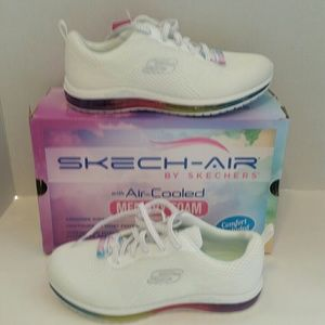 Skechers Air Cooled White Sneakers Size 7